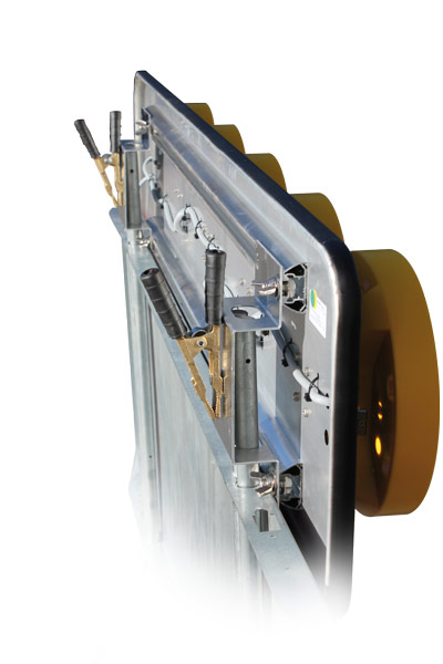 CLAMP OPTION FOR UNIVERSAL MOUNTING<br />