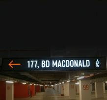 Caisson lumineux parking Mac Donalds
